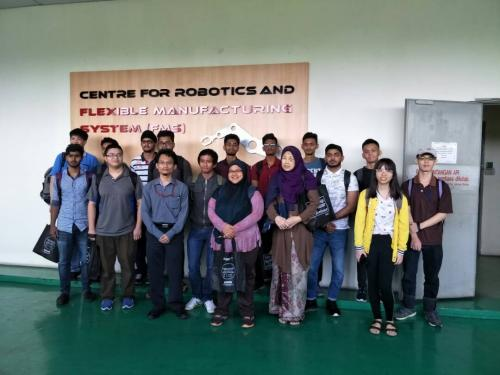 Visit from Nilai University Computer Science undergraduates to TPM IT and TPM Engineering